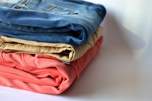 4 Reasons Landlords Should Offer Laundry Services to Renters